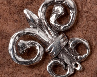 B110ss Sterling Handcrafted Small Fluer De Lis Pendant