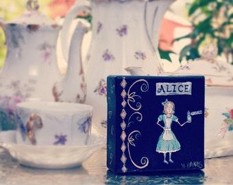Alice (mini canvas)