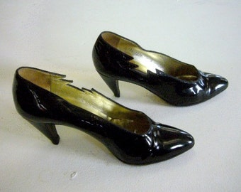 03d2f19be70 Black Pumps 5 1 2 80s Vintage Patent Leather Walter Steiger Goth Witch High  Heel Cut Out New Wave Cone Deco Heels Disco Club Kid Shoes