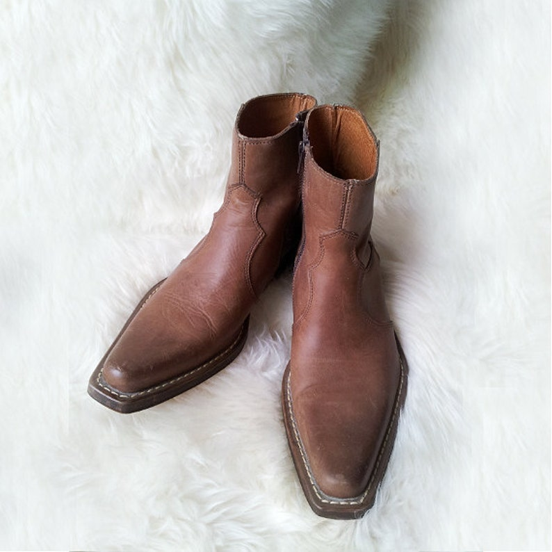 963c08e99 Ankle Boots 9.5 40 90s Vintage Western Chelsea Boots Chunky   Etsy