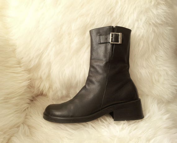 54ad13577d43 Black Ankle Boots 9 90s Grunge Boots Vintage Cyber Goth Boots