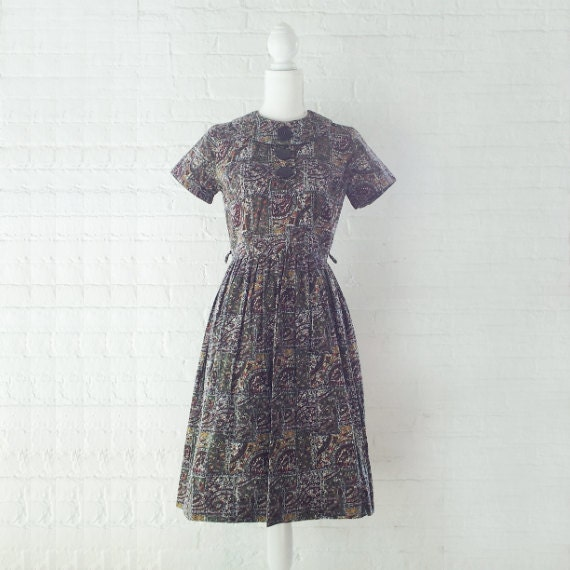 1960s Novelty Print Dress Vintage Fit and Flare D… - image 1