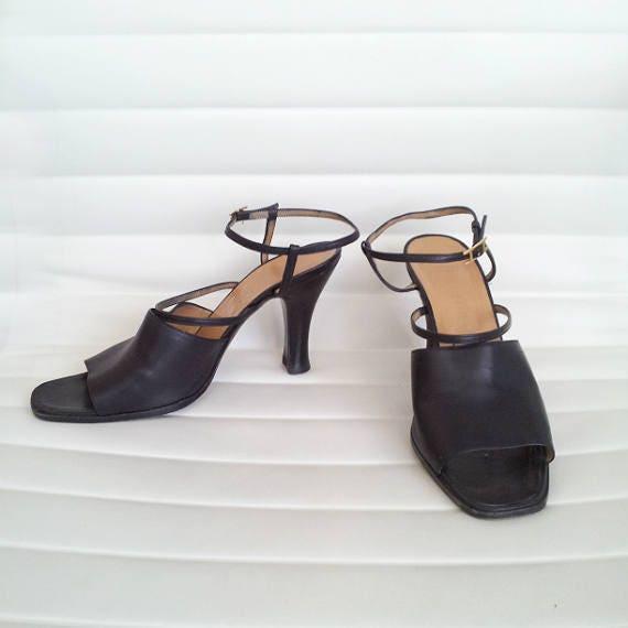 11aa3cb0b25 Black Sandals 7 37.5 Vintage Hermes Strappy Sandals Square Toe