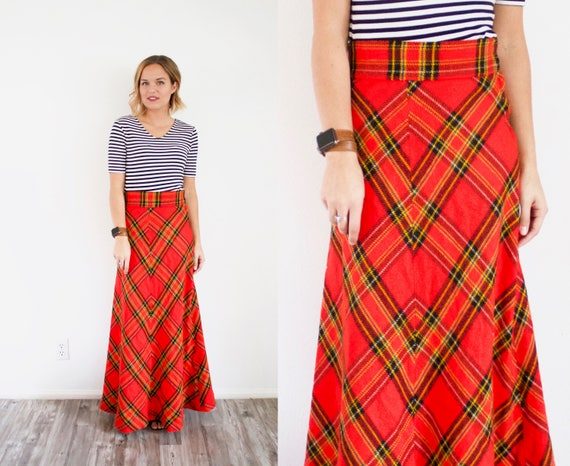 Vintage red classic maxi plaid skirt // Christmas… - image 1