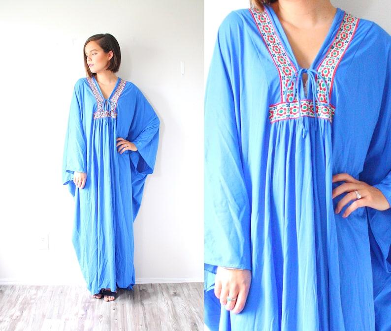 c492e3d400d1 Vintage boho nightgown dress // modest navajo tribal maxi   Etsy