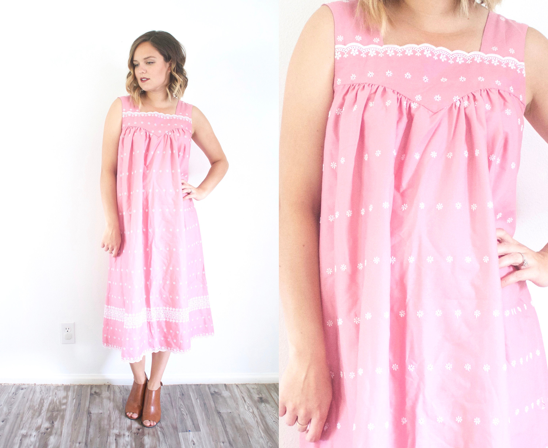 d03df11d9067 Pink floral night gown dress // muumuu dress // pink nighty   Etsy