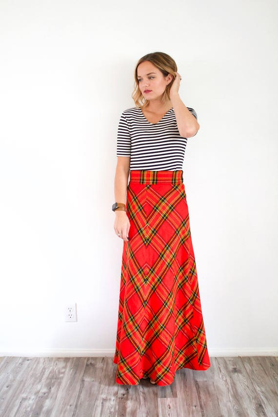Vintage red classic maxi plaid skirt // Christmas… - image 4