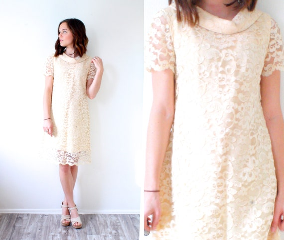 Vintage peach lace short wedding dress // short pi