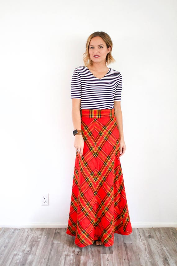 Vintage red classic maxi plaid skirt // Christmas… - image 2