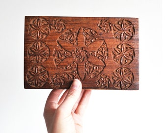 Large Hand Carved Wood Jewelry Box // Dresser Box // Made in India
