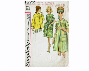 5a1bcdae73ed7 1960s Ladies Smock Duster and Robe House dress Tops 60s Vintage Sewing  Pattern Simplicity 4572 Size 12 Bust 32