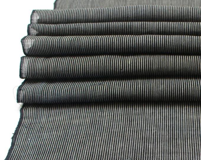 Japanese Kasuri Ikat Linen. Indigo Striped Fabric. (Ref: 1915)