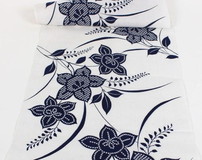 Japanese Cotton. Yukata Cotton. Vintage Japanese. White and Blue Cotton. Hand Dyed Cotton. Floral Fabric. Cotton Bolt. Vintage Fabric