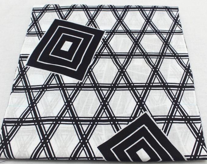Japanese Vintage Yukata Cotton. Full Fabric Bolt for Traditional Clothing. Black White Geometric (Ref: 1605 )