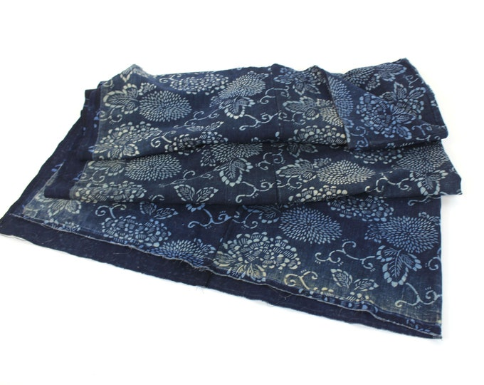 Japanese Antique. Katazome. Futon Cover. Folk Textile. Japanese Indigo. Cotton. Natural Indigo Cotton. Vintage Japanese Cotton. Boro (2090)
