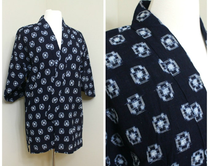 IKAT Haori Jacket. Vintage Japanese Indigo Kasuri Cotton Folk Noragi Peasant Clothing (Ref: 1627)