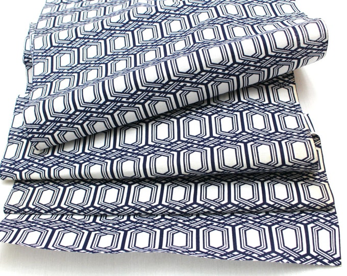 Japanese Vintage Yukata Cotton Fabric. Blue and White Geometric Design (Ref: 1336)
