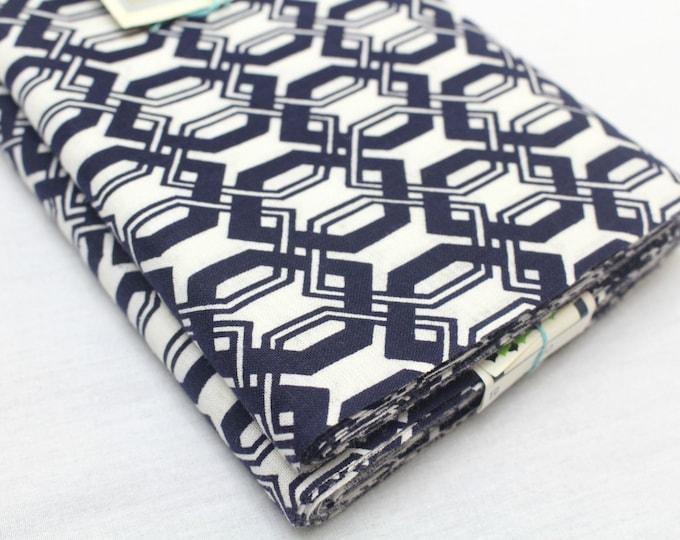 Japanese Vintage Indigo Yukata Cotton. Full Fabric Bolt for Traditional Clothing. Indigo Blue White Geometric (Ref: 1450)