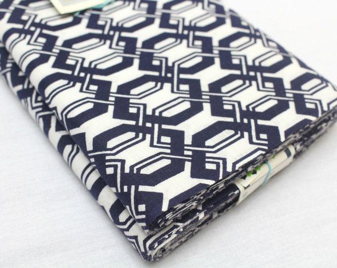 Japanese Cotton. Blue and White. Geometric Cotton. Vintage Fabric. Yukata Cotton. Cotton Fabric. Light Cotton. Japanese Fabric. Traditional
