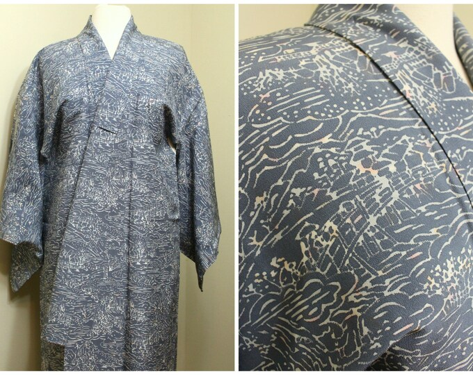 Japanese Vintage Kimono. Silk Robe. Gray Blue Village Scene Design. (Ref: 1668)
