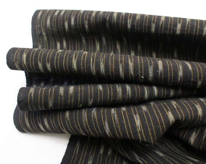 Japanese Vintage Kasuri Ikat. Woven Cotton. Traditional Folk Fabric. (Ref: 1882)
