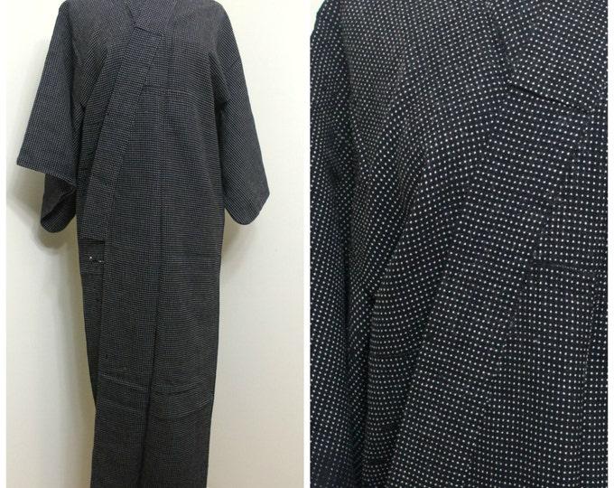 Japanese Vintage Kimono. Ikat / Kasuri / Woven Wool. Black White Dots Robe (Ref: 1494)