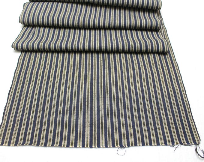 Japanese Kasuri Ikat. Tusmugi Cotton. Traditional Kimono Bolt of Striped Fabric. (Ref: 1876)