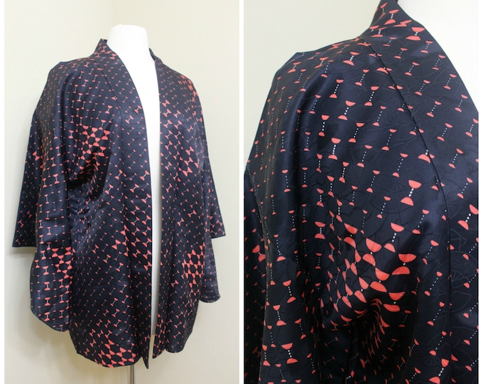 Japanese Haori Jacket. Vintage Silk Coat Worn Over Kimono. Abstract Shapes in Red Black (Ref: 1495)