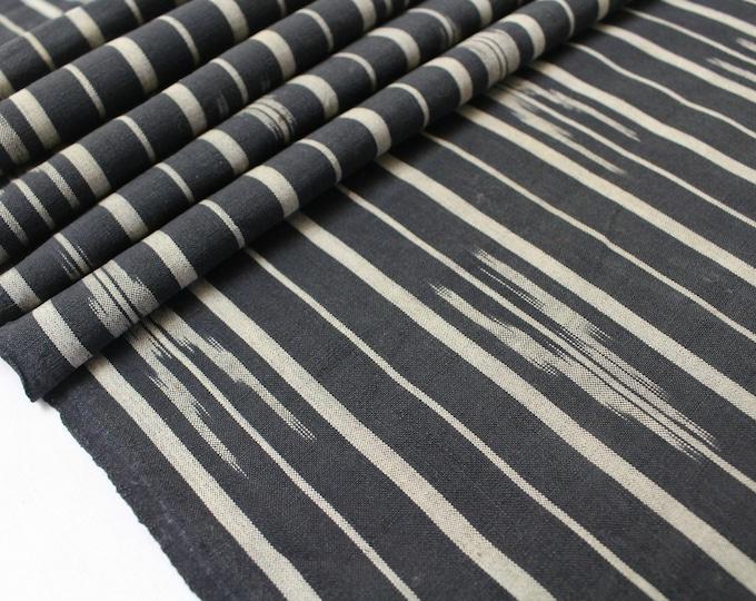 Japanese Vintage Kasuri Ikat. Woven Indigo Cotton Scrap. Traditional Folk Fabric. (Ref: 1879)