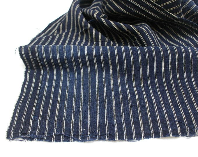 Japanese Kasuri Ikat. Striped Indigo Cotton Fabric. (Ref: 1901)