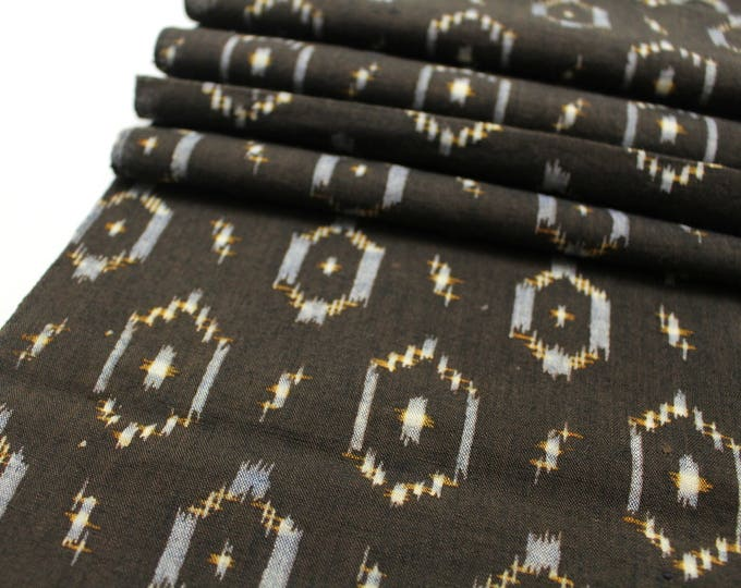 Japanese Vintage Kasuri Ikat. Woven Indigo Cotton. Traditional Folk Fabric. (Ref: 1890)