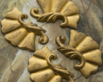 4 Vintage Old Brass Ornate Decorative Pieces