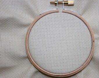 Aida 14ct, 100% cotone, Zweigart, Cross Stitch tessuto, bianco crema ed Ecru. Dimensioni 30 x 33 cm o 33 x 75 cm.