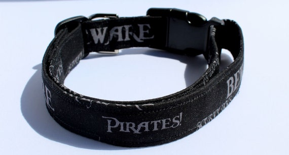 Pirate Phrases collier pour chien taille XS, S, M ou L