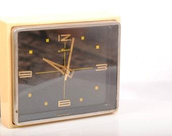 Made in USSR - MAJAK Vintage Soviet Art Deco Mantel Desktop Mechanical Clock