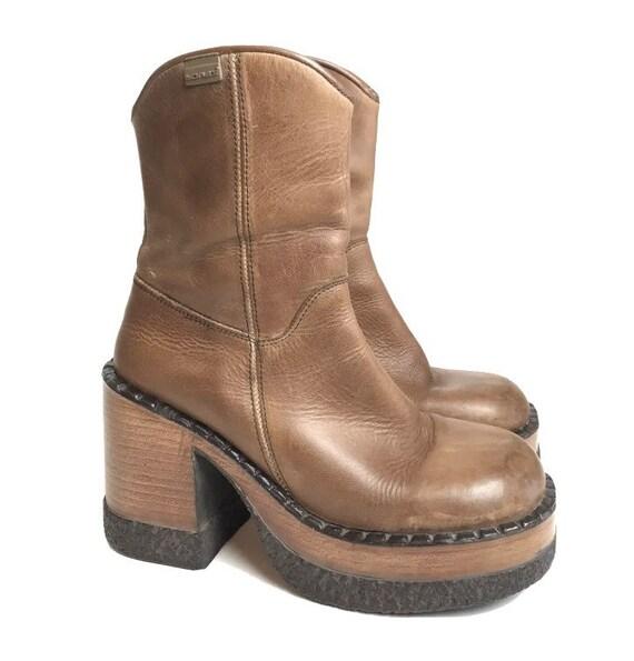 90s y2k Vintage Brown Sonax Boot Grunge Bratz Goth