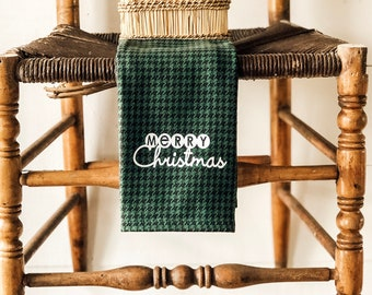 Christmas Kitchen Towel | Merry Christmas Kitchen Towel | Farmhouse Christmas | Kitchen Towel | Houndstooth