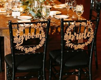 Bride and Groom Wreath Chair Signs | Wedding Chair Signs | Wreath Chair Sign | Wedding Photo Prop | Bride Sign | Groom Sign