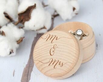 Mr and Mrs Ring Box | Keepsake Ring Box | Engraved Rustic Wedding Ring Box | Free Shipping