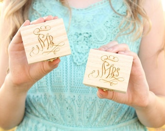 Mr and Mrs Ring Box Set | Rustic Wood Ring Box Set | Rustic Chic Engraved Wedding Ring Boxes | Free Shipping