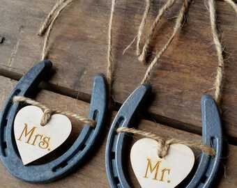 Wedding Chair Signs | Horseshoe Wedding Decor | Mr and Mrs Signs | Horseshoe Wedding Decor |Rustic Wedding | Barn Wedding