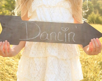 Chalkboard Arrow | Wedding Arrow | Wedding Sign | Wedding Directional Sign | Wedding Arrows | Rustic Wedding Sign | Barn Wedding