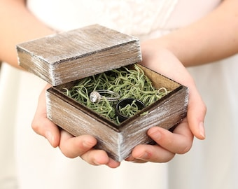 Rustic Chic Ring Box | Moss Filling | Rustic Wedding | Whitewashed Ring Box | Free Shipping