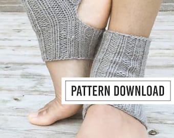 KNITTING PATTERN // Yoga Socks // Yoga Sock Pattern // Knit Yoga Socks // Toeless Socks // Socks // Knit Socks // Ribbed Yoga Socks