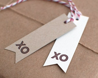 XO Gift Tags Set with Red Twine - Valentine, Thank You, Wedding Gift Tags, Eco Friendly Gifts, Kraft Hang Tags - Dotted or Lined