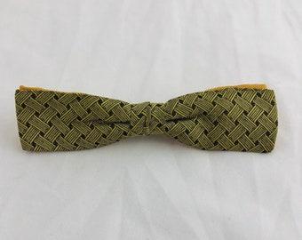 1950's Vintage Bowtie Bow Tie Pattern Clip On Men Man Boy Green Yellow Basketweave Mid Century Wedding Vtg Ring Bearer