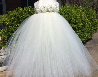 Pure Ivory Elegance Flower Girl Tutu Dress/ Shabby Chic Wedding/ Rustic Wedding/ Country Wedding