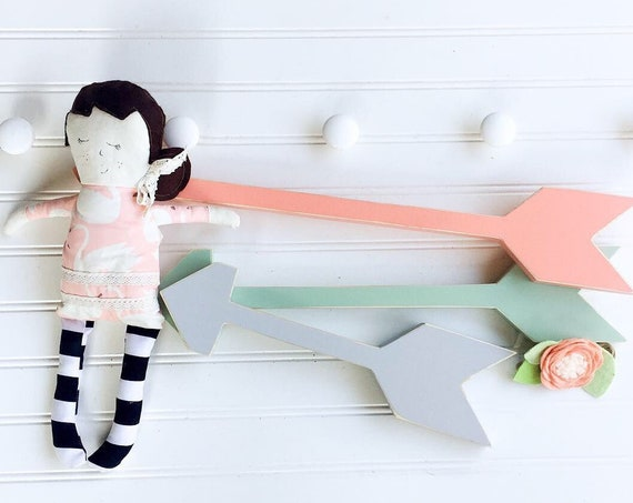 Nursery Arrows . Set of Arrows . Coral . Mint . Boho Nursery . Farmhouse  Arrow. Girl Nursery . Wooden Arrow . Wall Art . Arrows