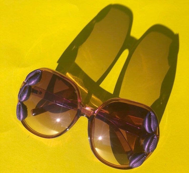 70s style sunnies purple with painted cowrie shells image 0