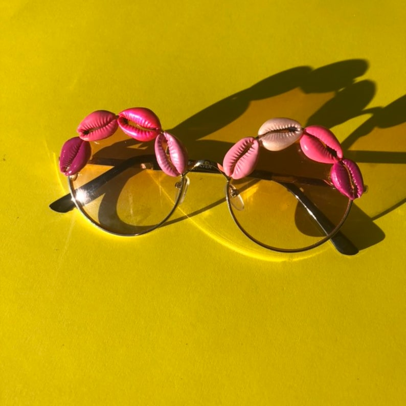Pretty Pink round shape sunglasses with painted cowrie shells image 0